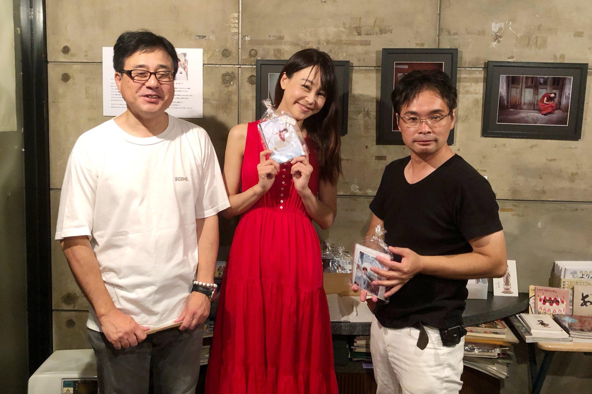 初めて安藤悦郎さんの【猪股聡子PhotoExhibition】へ行けました。